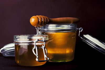 Honey for oily hair