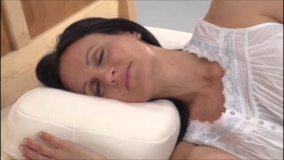 Side Sleeper Pillow for reducing neck pain