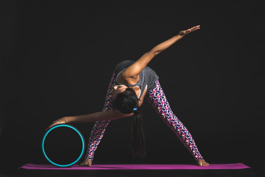 spinal twist yoga wheel