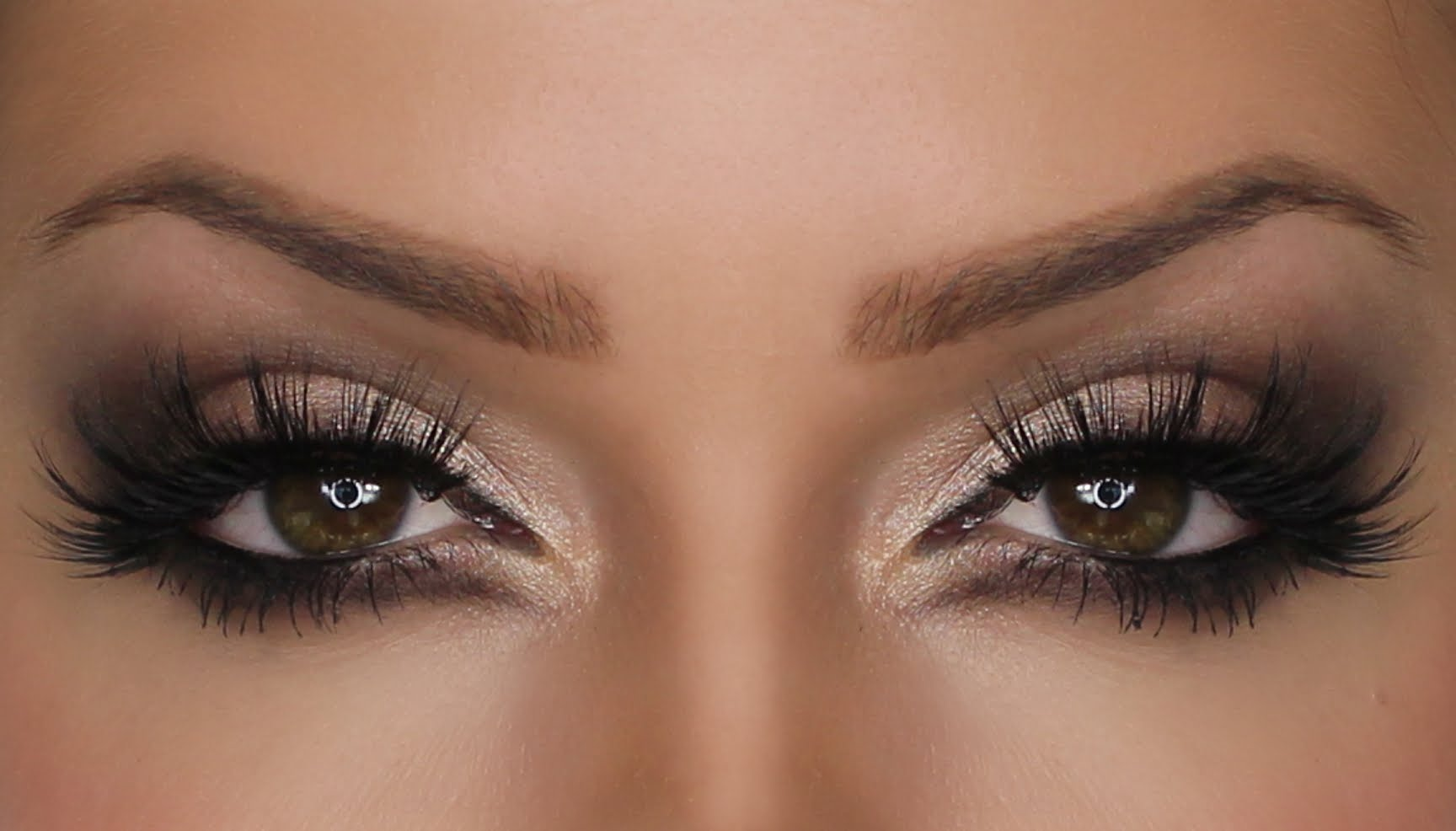 Sultry Eye Look with Eyelash Extensions