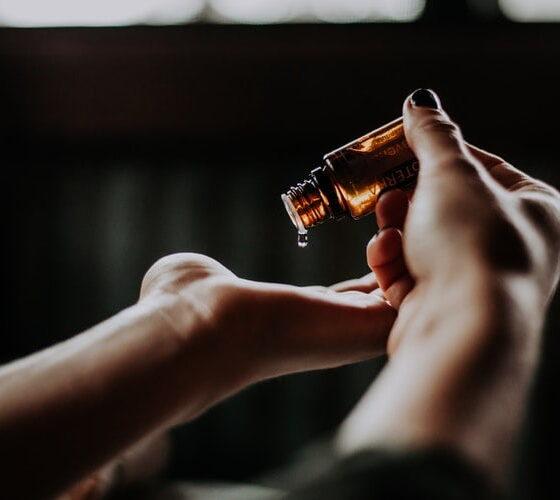 Facial oil for anti-aging