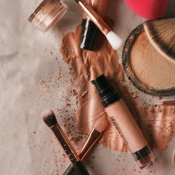How to get free makeup samples